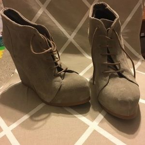 Shoes - LACE UP SUEDE WEDGES BOOTIES SIZE 8,5
